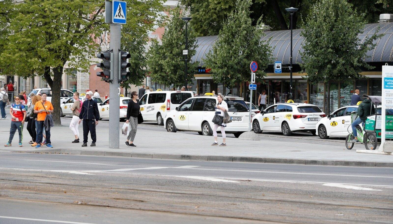 Taksopeatus Viru tänaval
