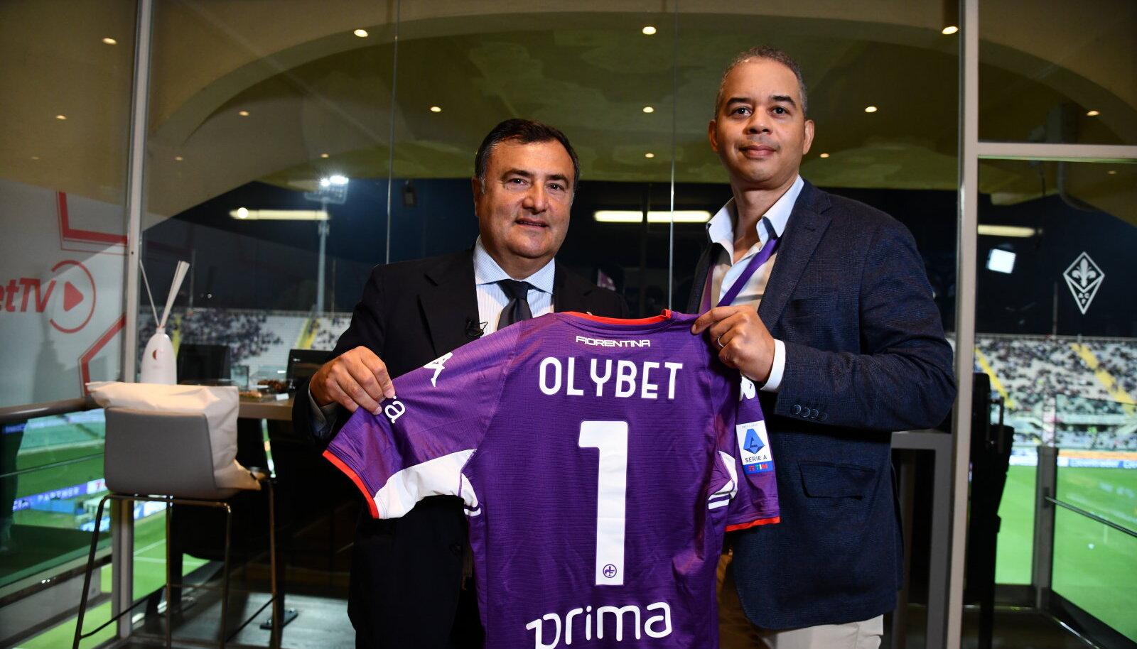 ACF Fiorentina tegevjuht Giuseppe Barone ja OlyBet Groupi juhatuse esimees Corey Plummer