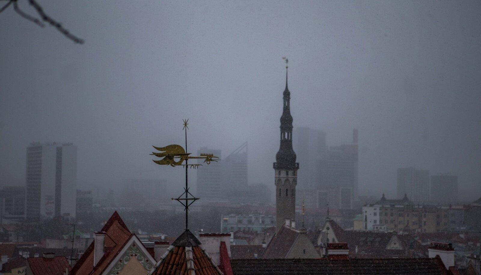Illustreerival eesmärgil: Tallinna vanalinna raekoda (jäävustatud siiski mitte 1571., vaid 2019. a)