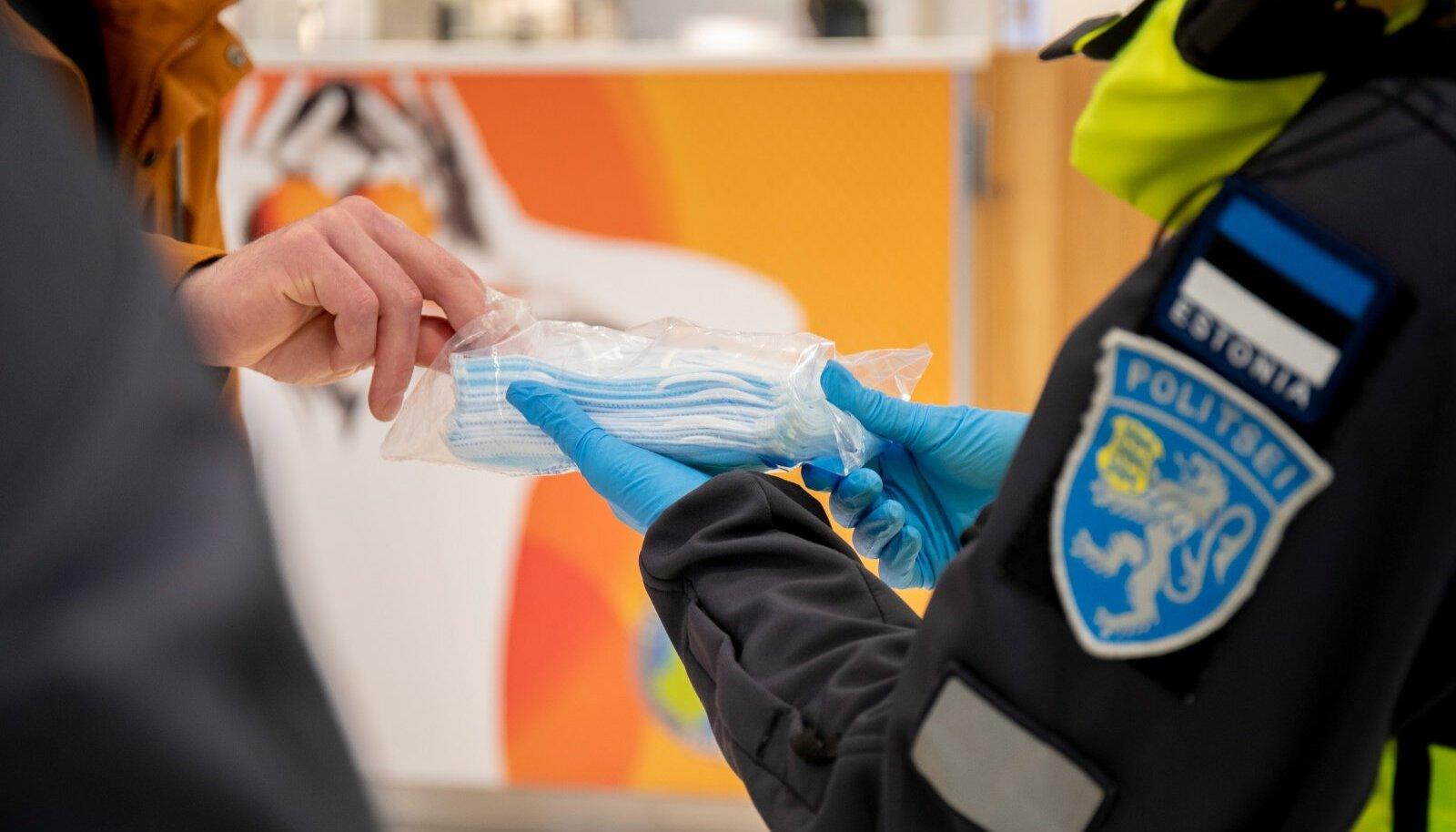 Politsei jagab poodides näomaske. Pilt on illustratiivne.