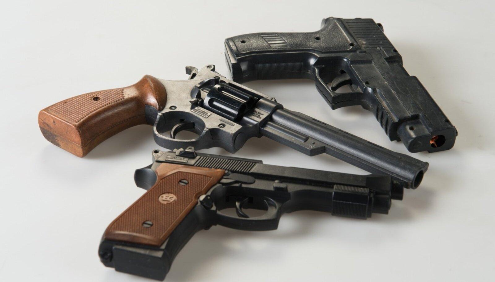 Relvad, revolvrid, püstolid