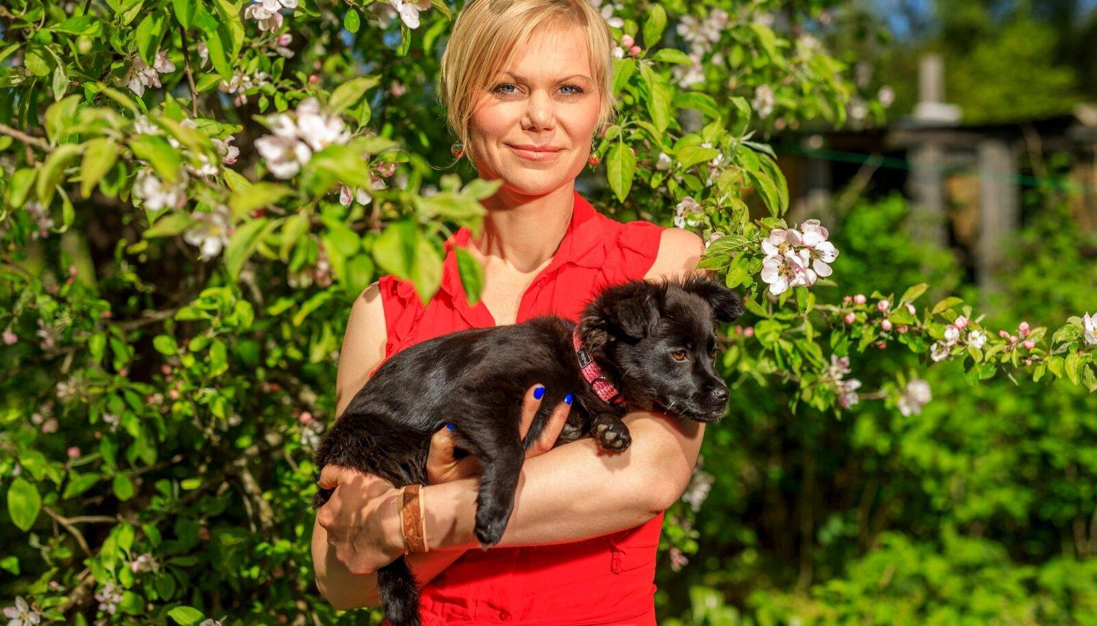 Heidi Hanso, kodu Saaremaal