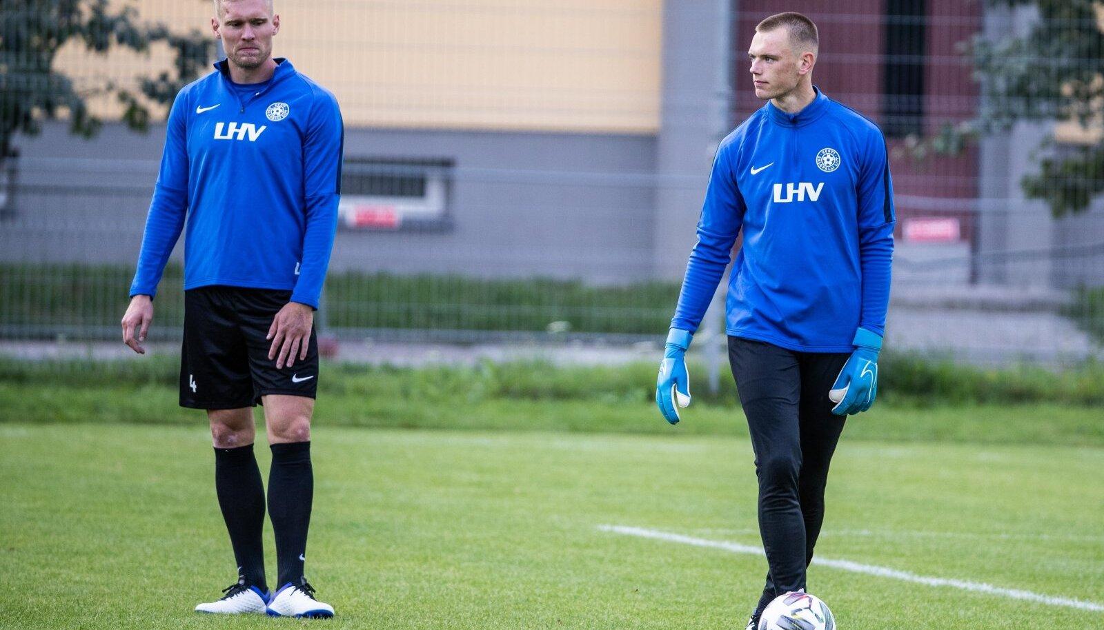 Karl Jakob Hein (paremal) eilsel treeningul koos keskkaitsja Joonas Tammega