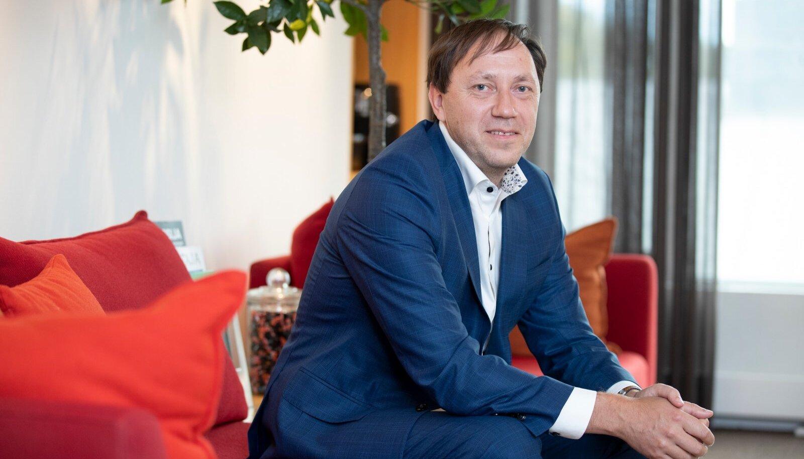 PwC Legal Eesti vandeadvokaadi Indrek Ergma sõnul otsustab kodus töötamise üle tööandja. Kui tööandja arvates on oluline, et inimesed töötaksid kontoris ja oleksid kogu aeg silma all, siis nii on.