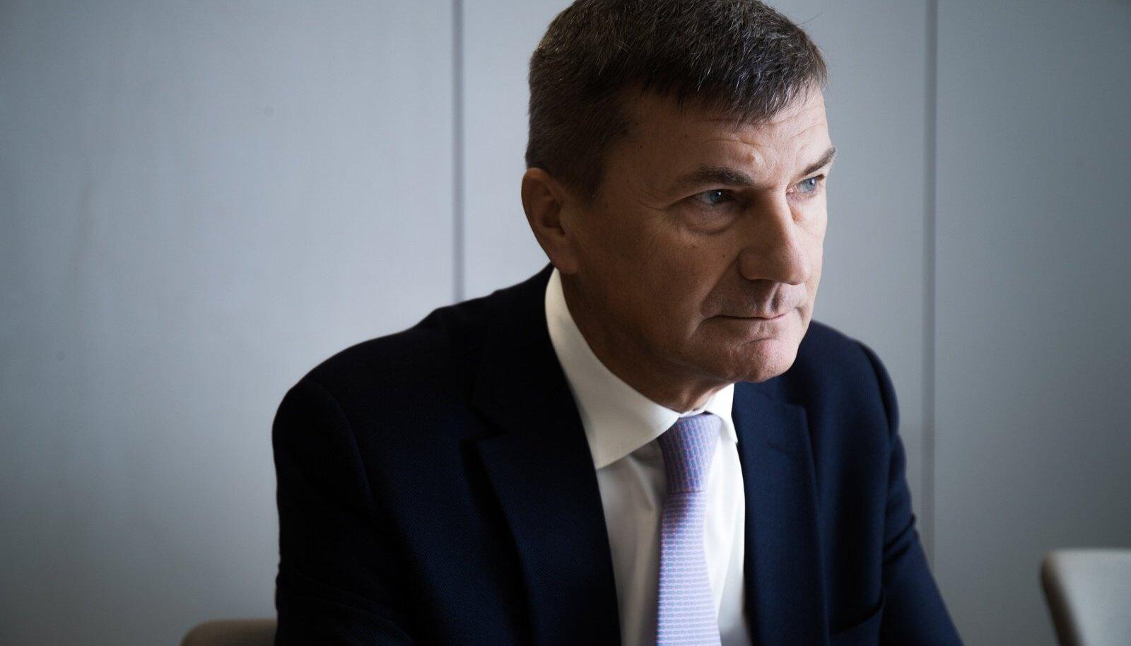 Andrus Ansip leiab, et Eesti on vaktsineerimises läbi kukkunud ja selle eest vastutab Marek Seer.