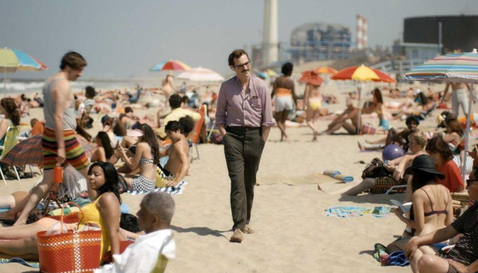 Kujutlusmängud: Joaquin Phoenix armastusfilmis, kus naine jääb publikul nägemata.