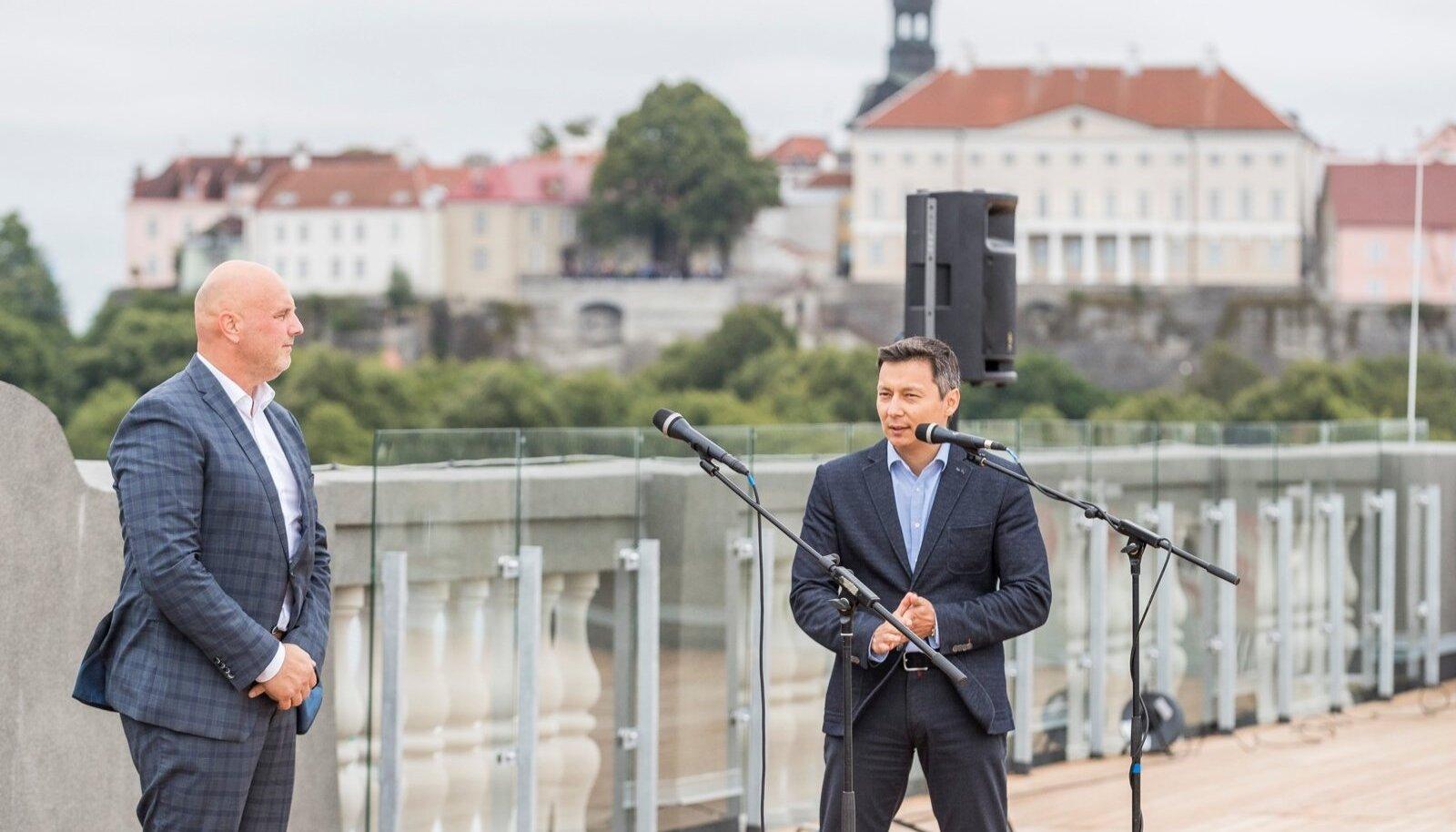 Gustav Adolfi gümnaasiumi uue koolimaja tutvustus, Hendrik Agur, Mihhail Kõlvart