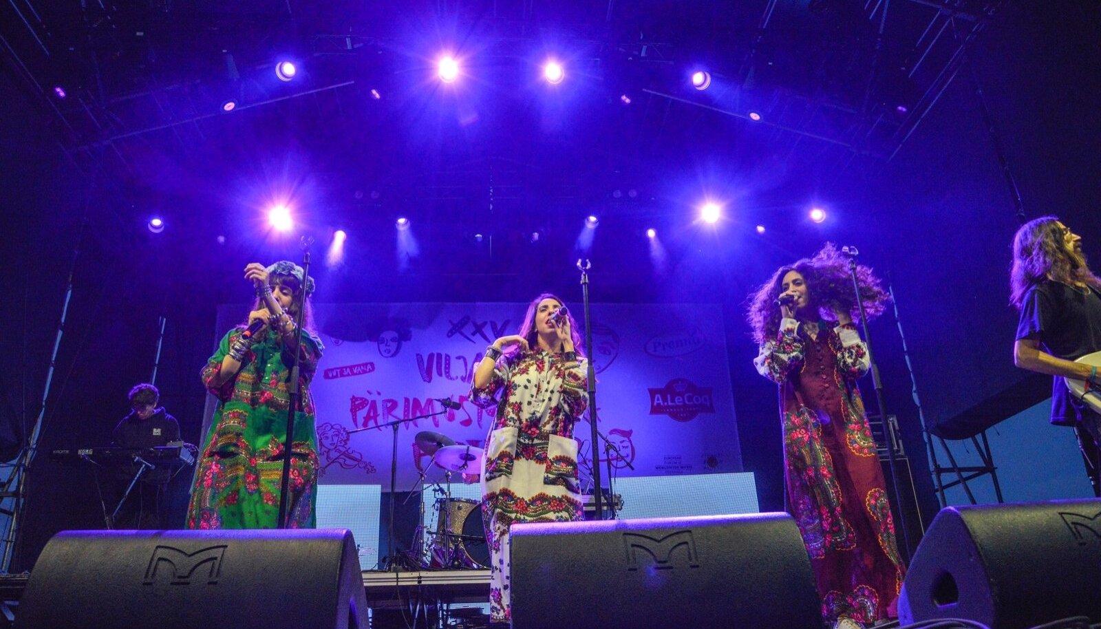 Tänavuse festivali kõige elektroonilisem esineja, juudi jemeniitide bänd A-Wa pakkus publikule rokikontserdi elamust.