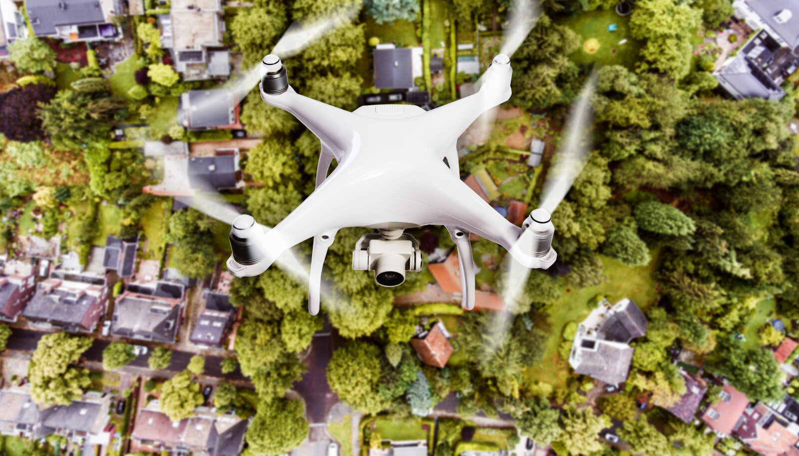 Muude paljude võimaluste kõrval kasutatakse kinnisvaraobjektide turundamisel ka droonivideoid. Kas lendamisest ka müügiprotsessis tõhusat abi on, jääb pärast igaühe enda kalkuleerida.