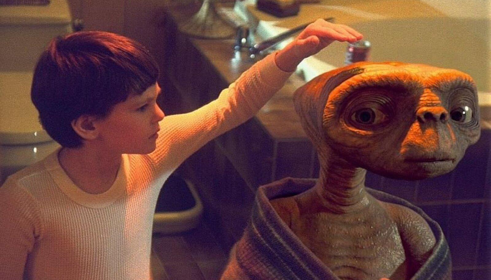 """""""E.T. - sõber kaugelt"""""""