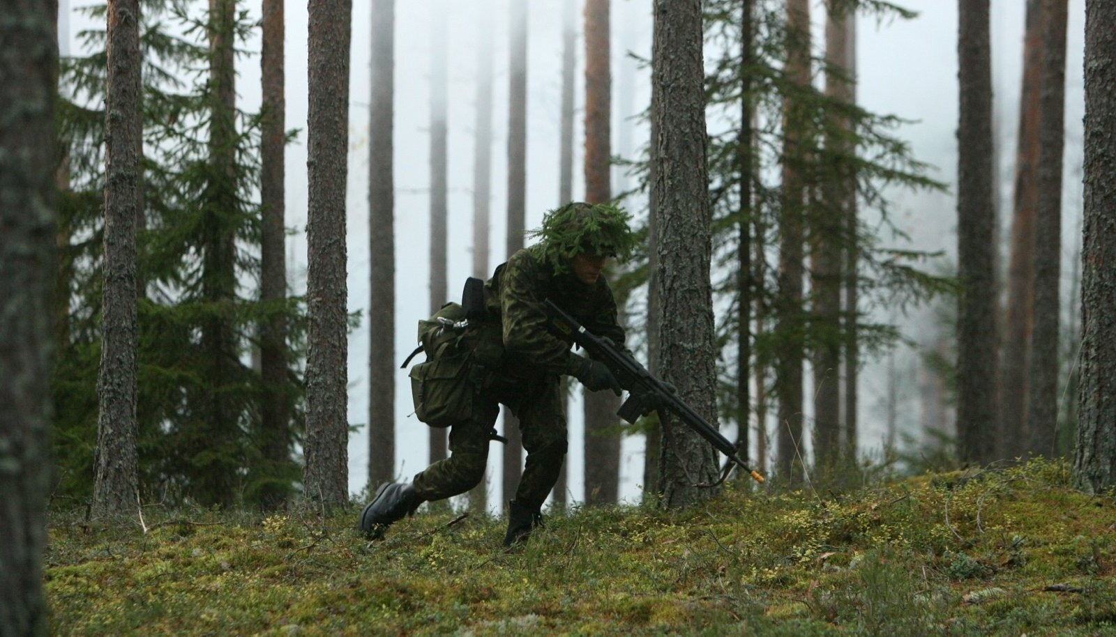 Isegi kui metsasõdalane on end maskeerinud õilsate ideedega, on selle all siiski lihtne soov ellu jääda.
