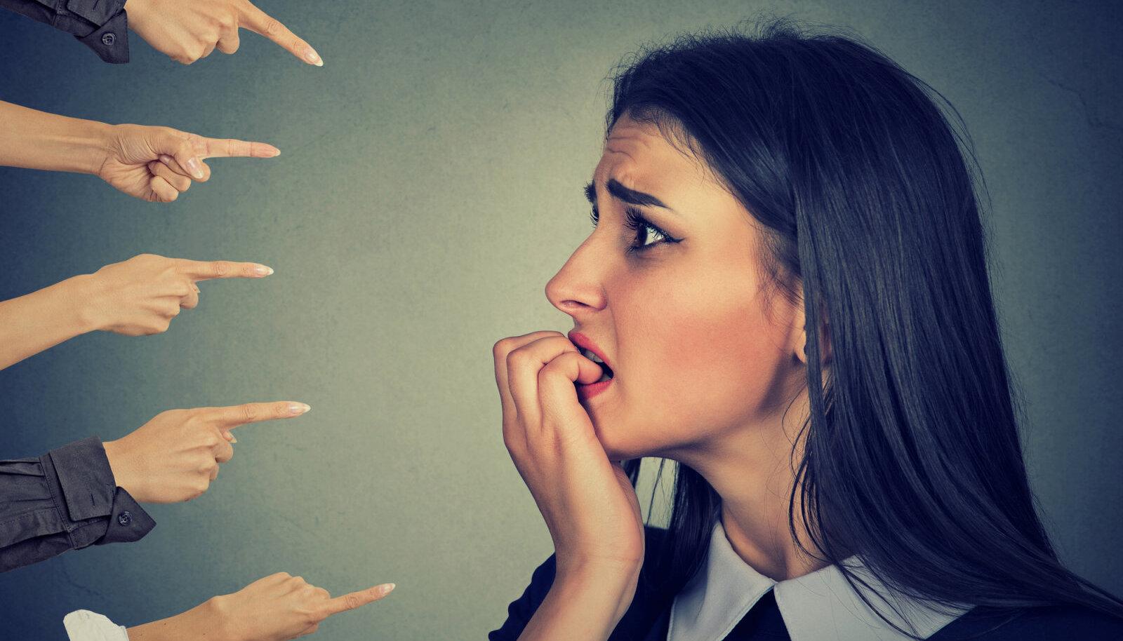 Terapeutide kogemus ütleb, et ärevushäirega inimeste puhul on esikohal hirm vigu teha ja ebaõnnestuda