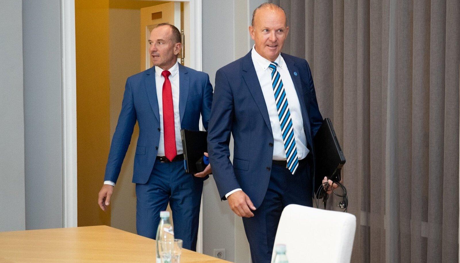 Vasakult: Oleg ja Andres Sõnajalg