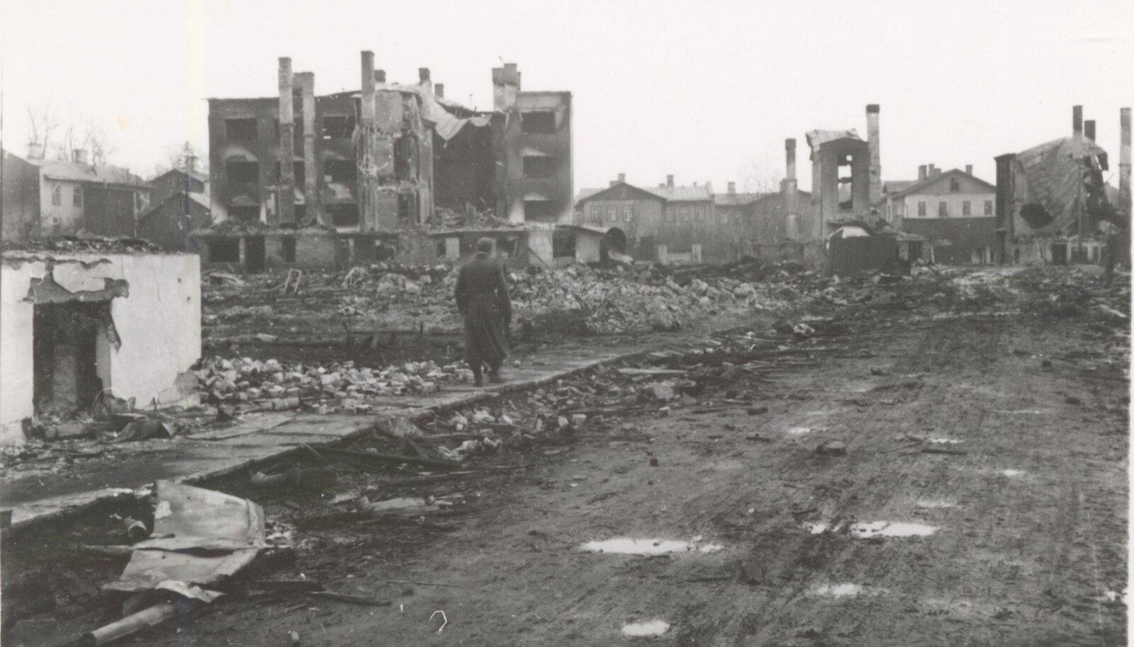 Märtsipommitamine 1944. aastal Tallinnas