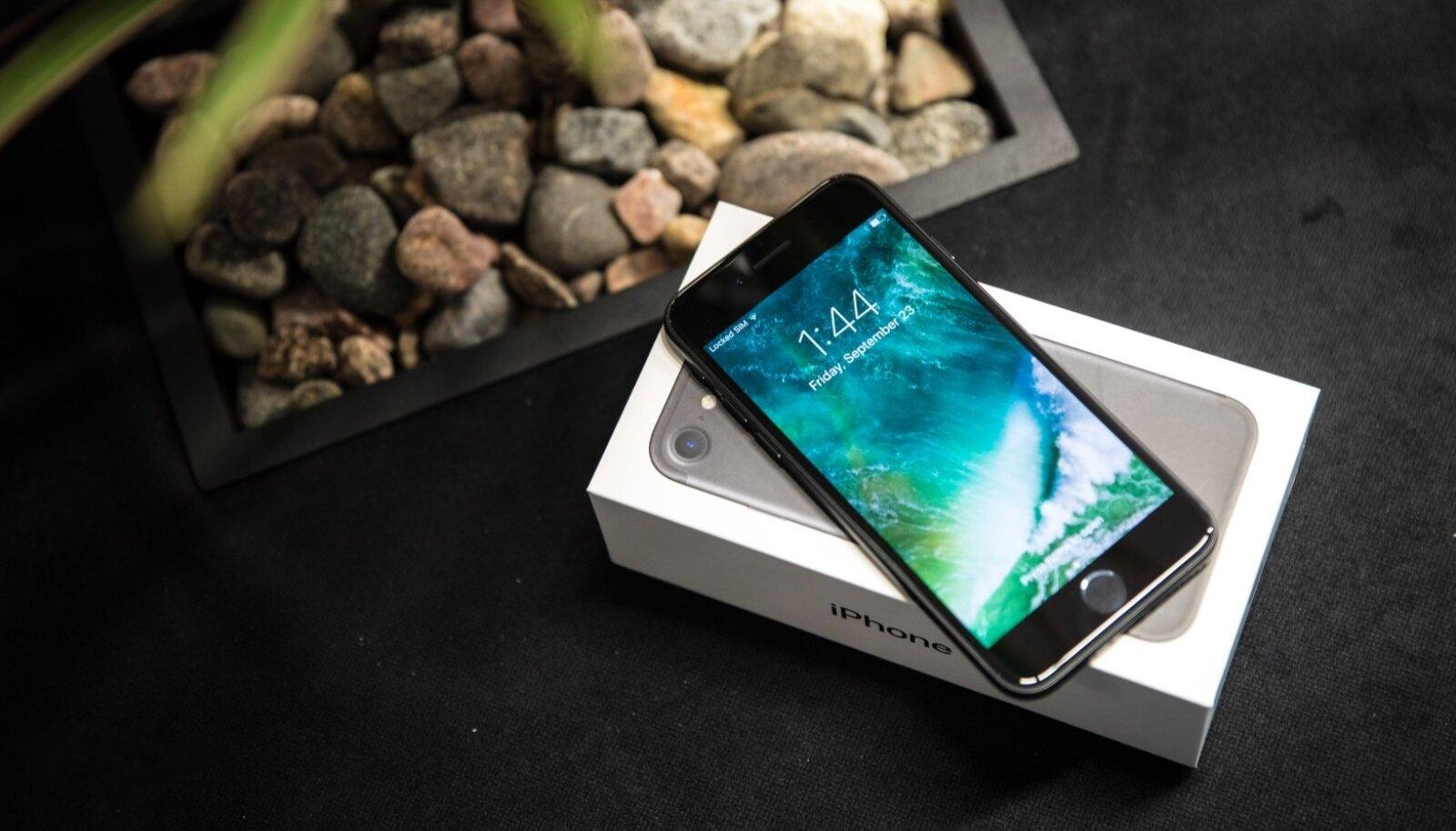 Nelja ja poole aasta vanune iPhone 7 on Eesti võrkudes mulluse seisuga enim kasutatud telefon