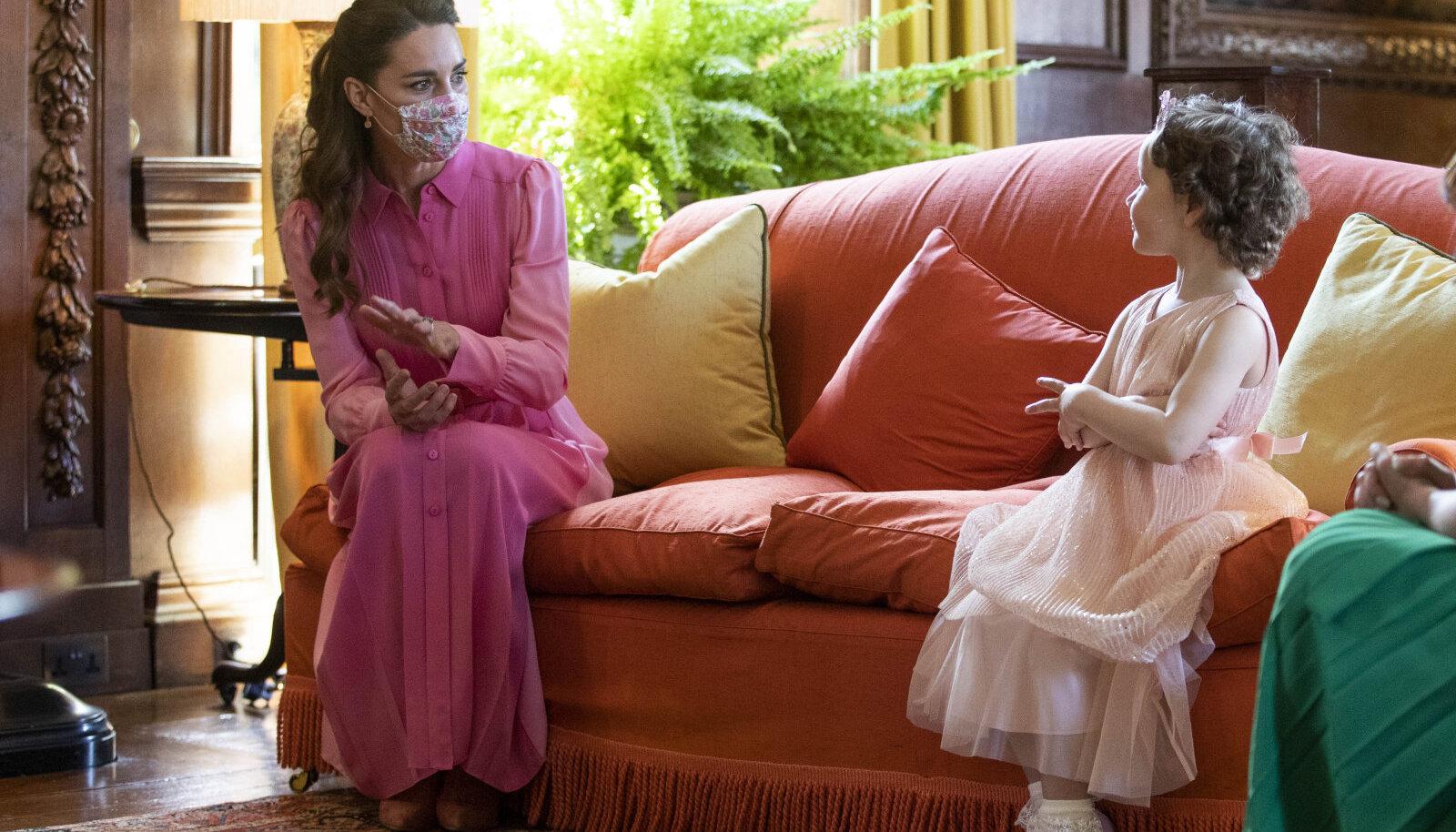 Кейт Миддлтон и маленькая Мила