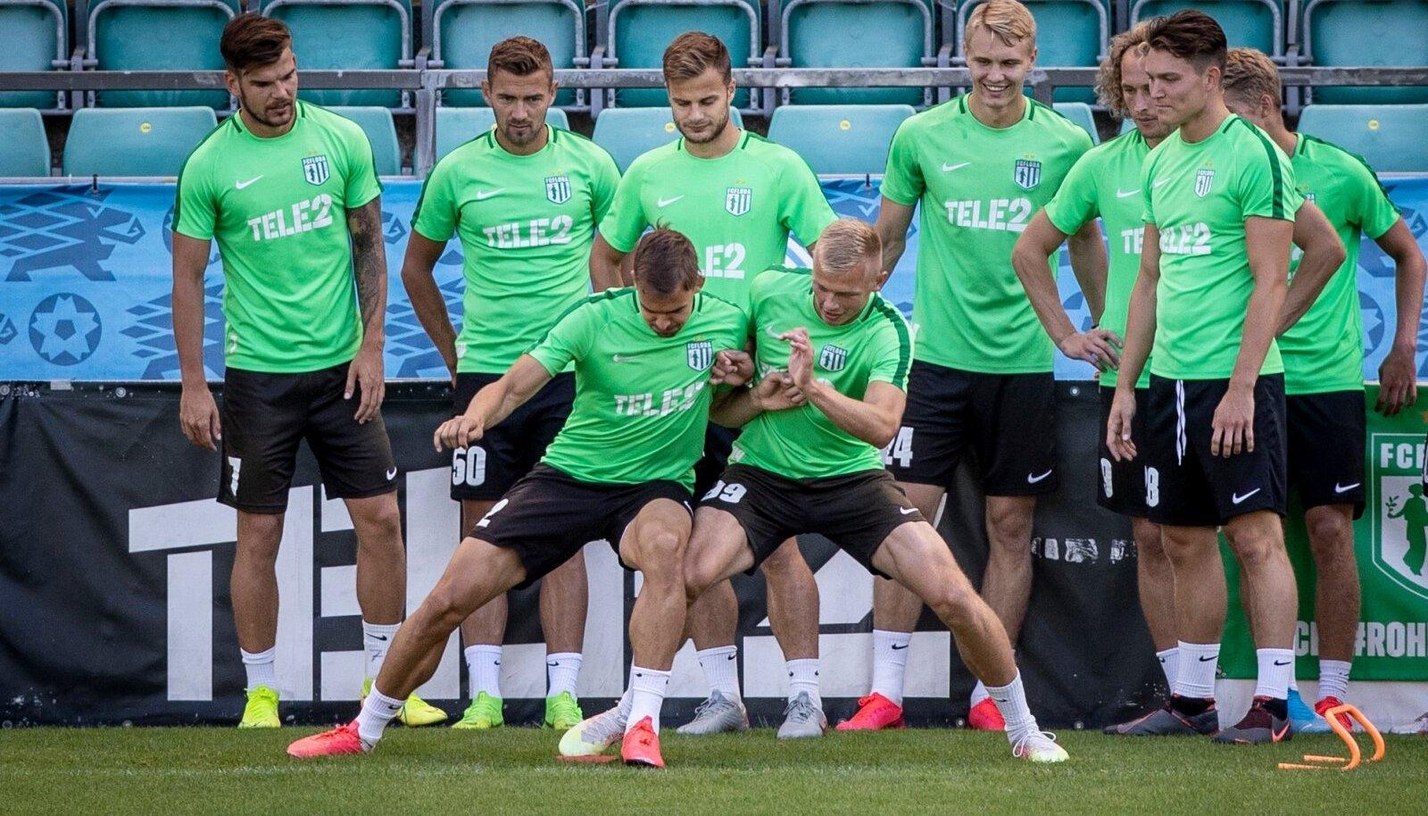 FC Flora mängueelsel treeningul.