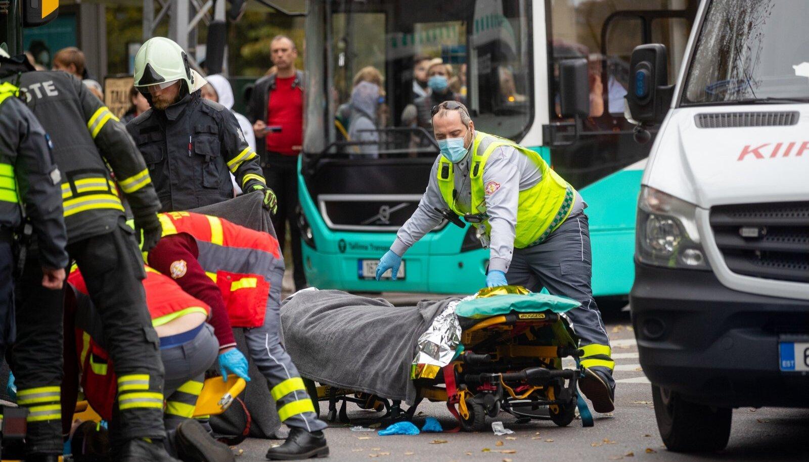 Tallinnas juhtus liiklusõnnetus väikese tüdrukuga.