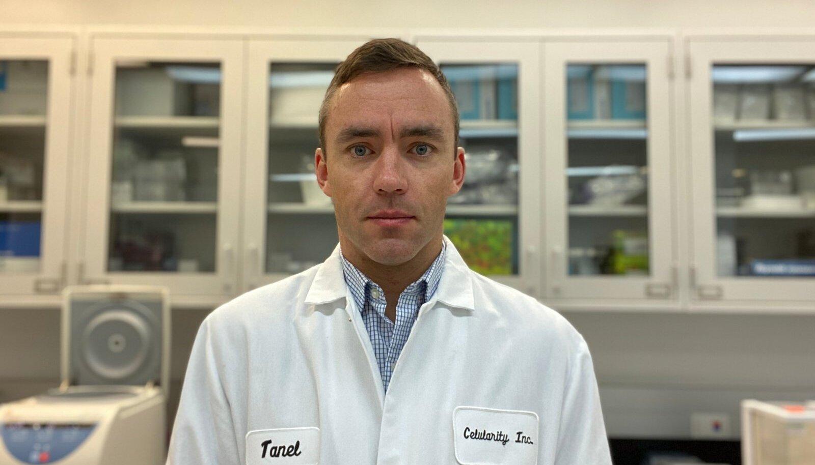 """TEADLANE EESLIINIL: Tanel Mahlakõiv töötab rakuteraapiat arendavas ettevõttes Celularity, mis suunas nüüd tähelepanu viirusvastasele võitlusele. """"Ravim tuleb kindlasti enne vaktsiini,"""" annab ta pandeemias lootust."""