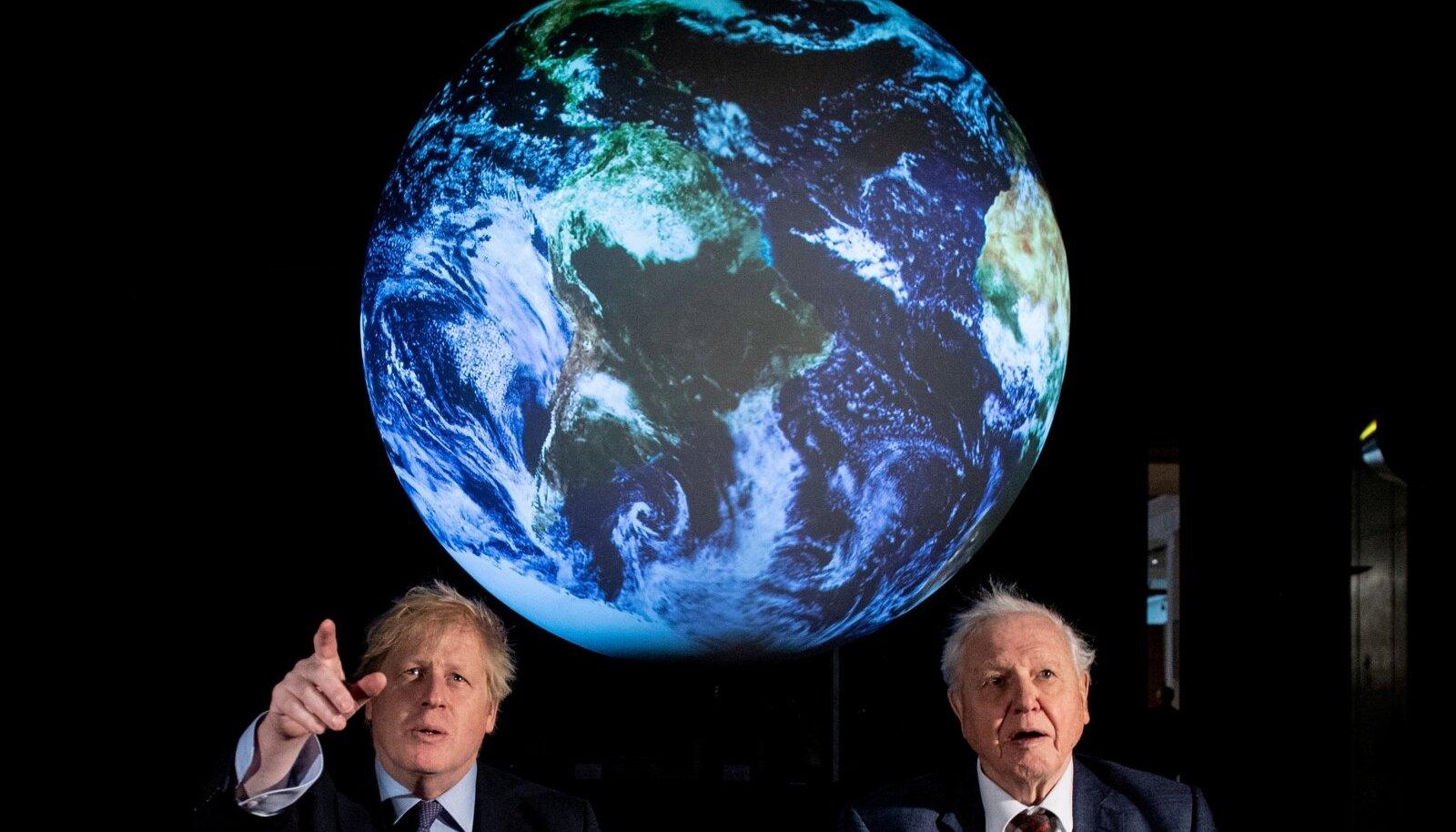 Järgmise kliimakonverentsi korraldab Ühendkuningriik, mille peaminister Boris Johnson saab praegu COVID-19 tõttu intensiivravi. Fotol on tema kõrval looduseuurija David Attenborough.