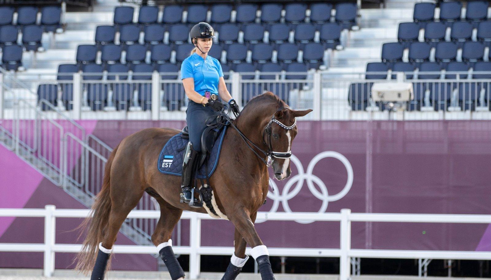 Dina Ellermann ja Donna Anna Tokyo olümpiamängude treeningul.