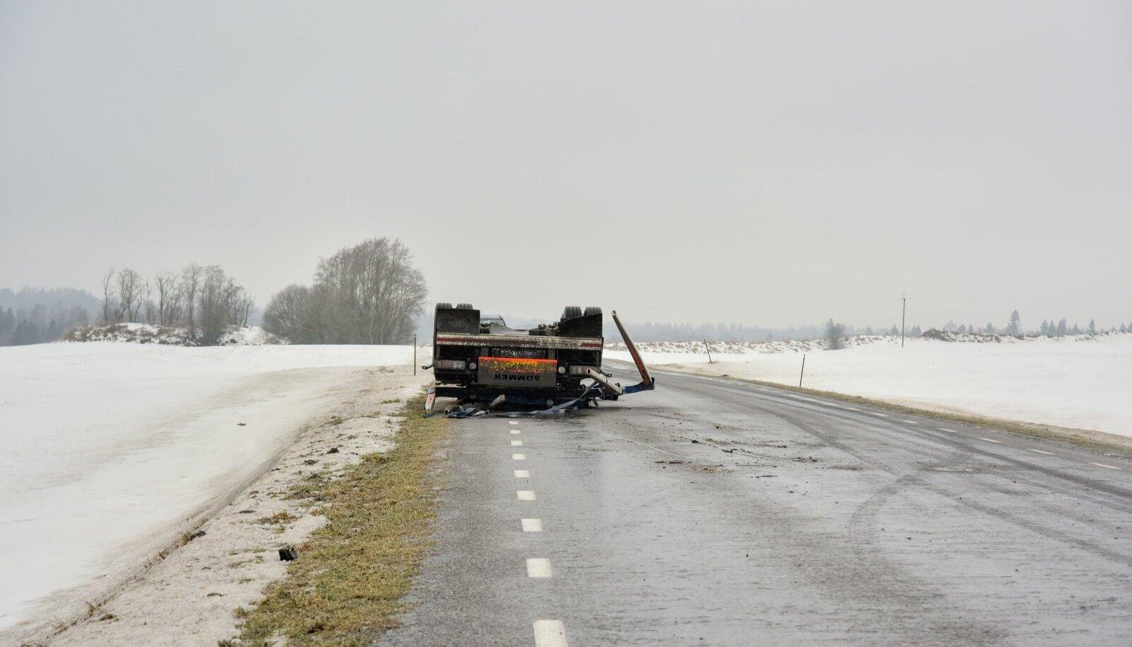 Liilusõnnetus Viljandimaal