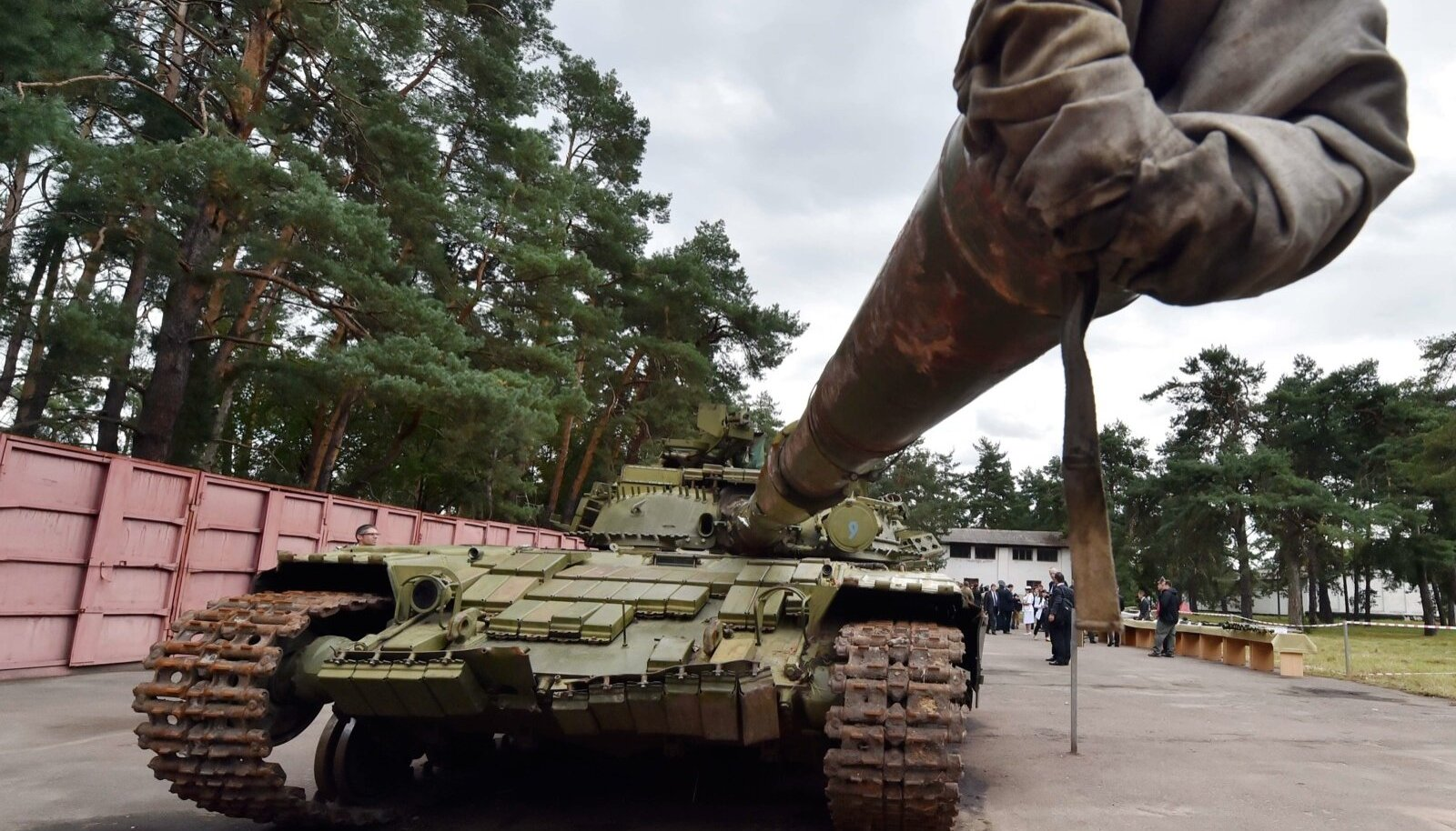 T-64BV. Kapo käsutuses olevate arvete ja saatelehtede järgi oli sellised tanke saadetavaks kaubaks märgitud 25.
