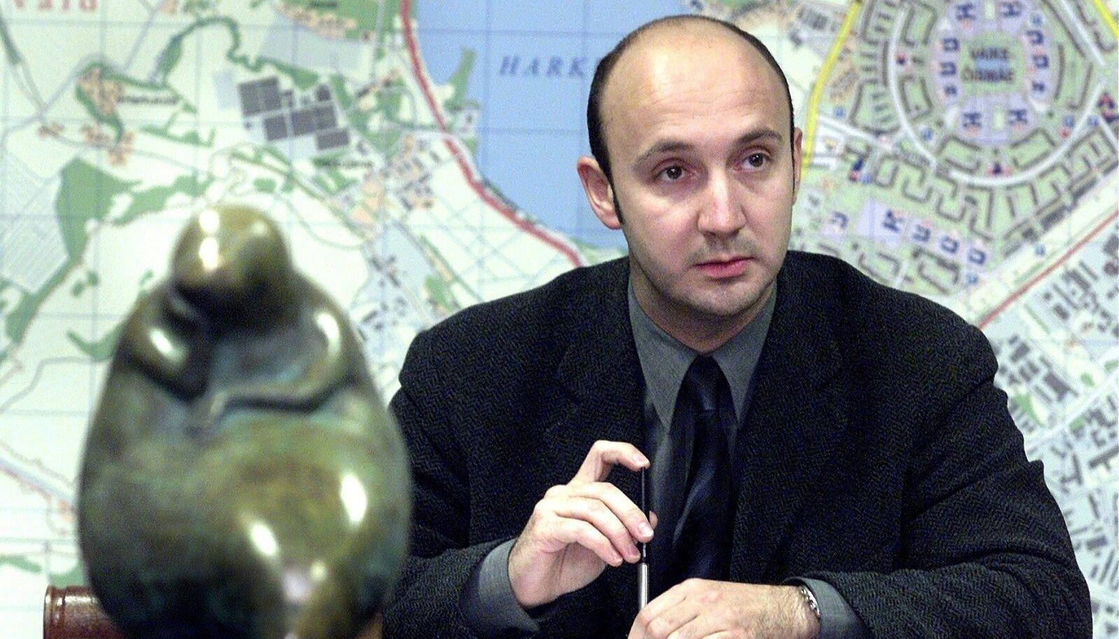 Leonid Tsingisser 2001. aastal Tallinna linnavolikogu liikmena