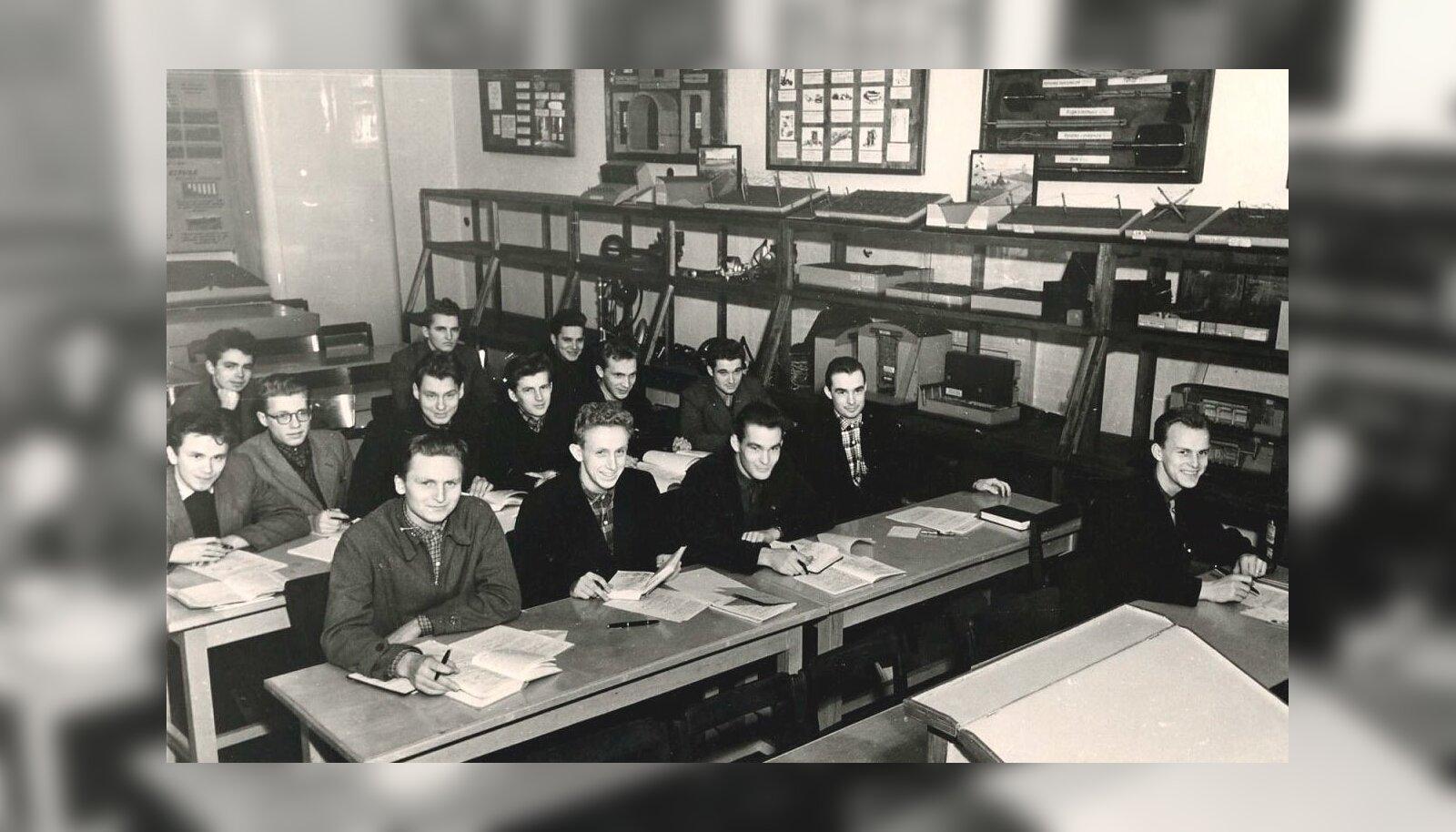 4b5fb4a8b1c Soome saatkonna kirju ajalugu