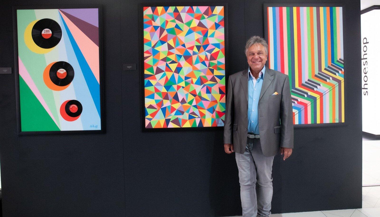 """Allan Roosilehe näitus """"Vinüül ja Akrüül"""" SOLARIS Keskuse aatriumis"""