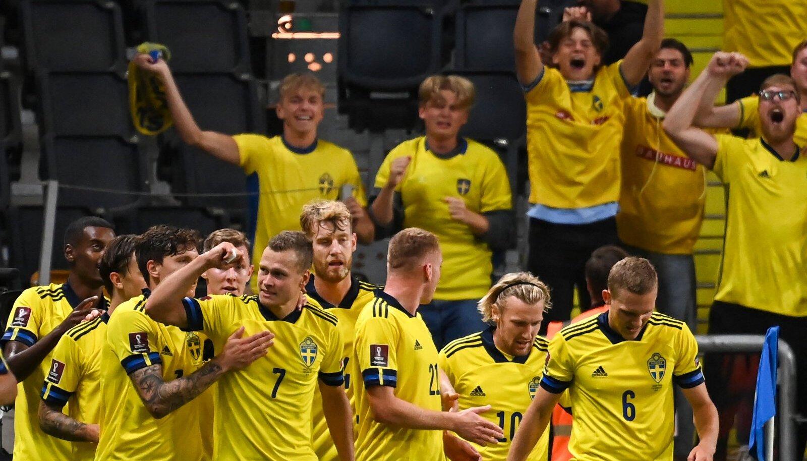 Rootsi koondislased tähistamas väravat Hispaania vastu.