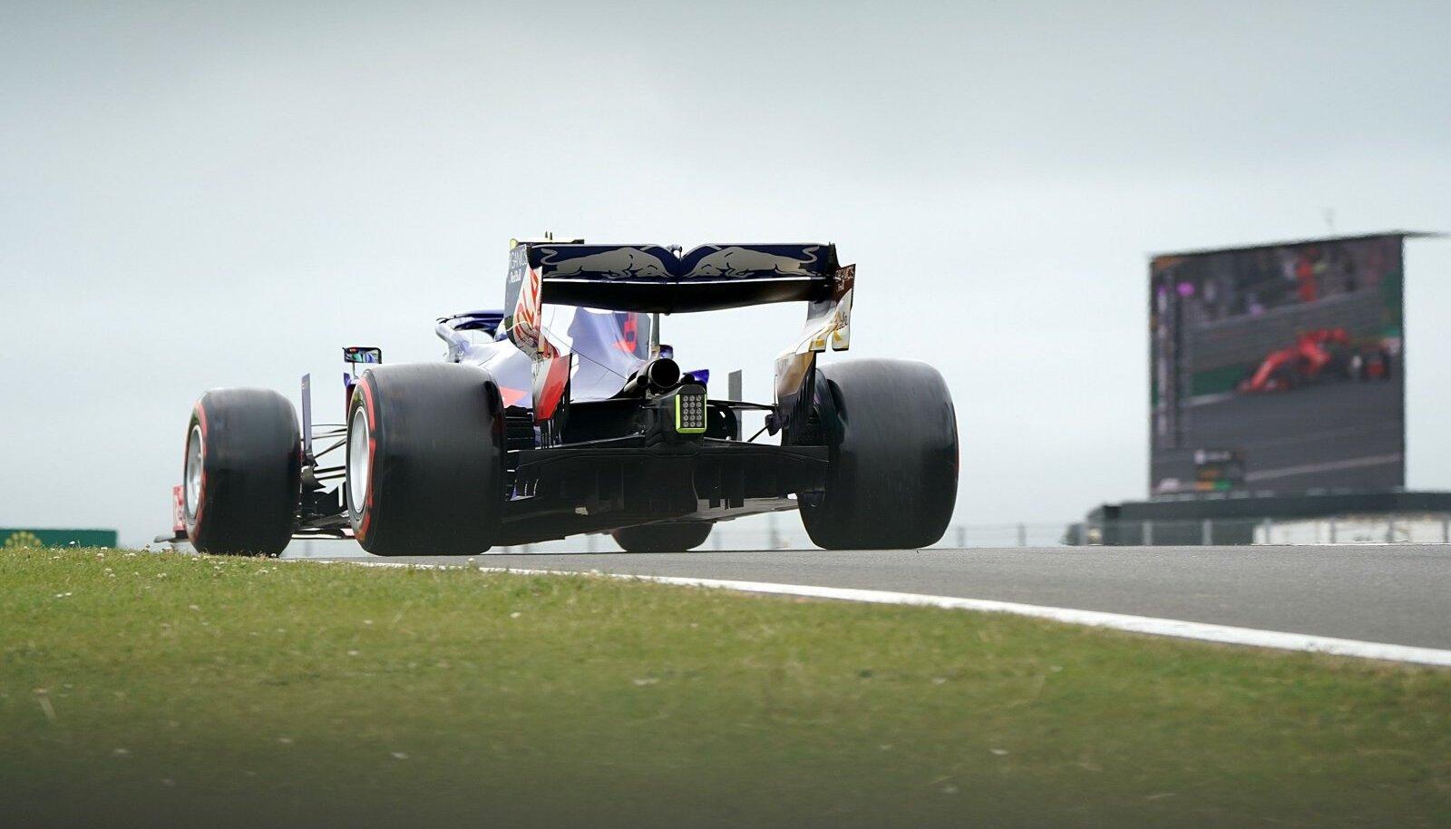 Toro Rosso masin Silverstone'i ringrajal