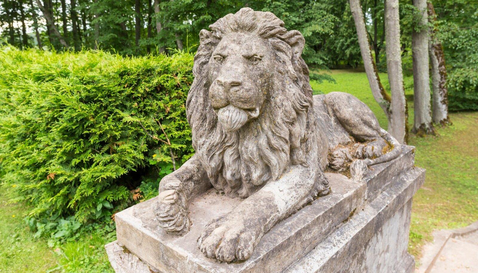 Kui lõvi oskaks rääkida, siis me ei saaks temast aru.