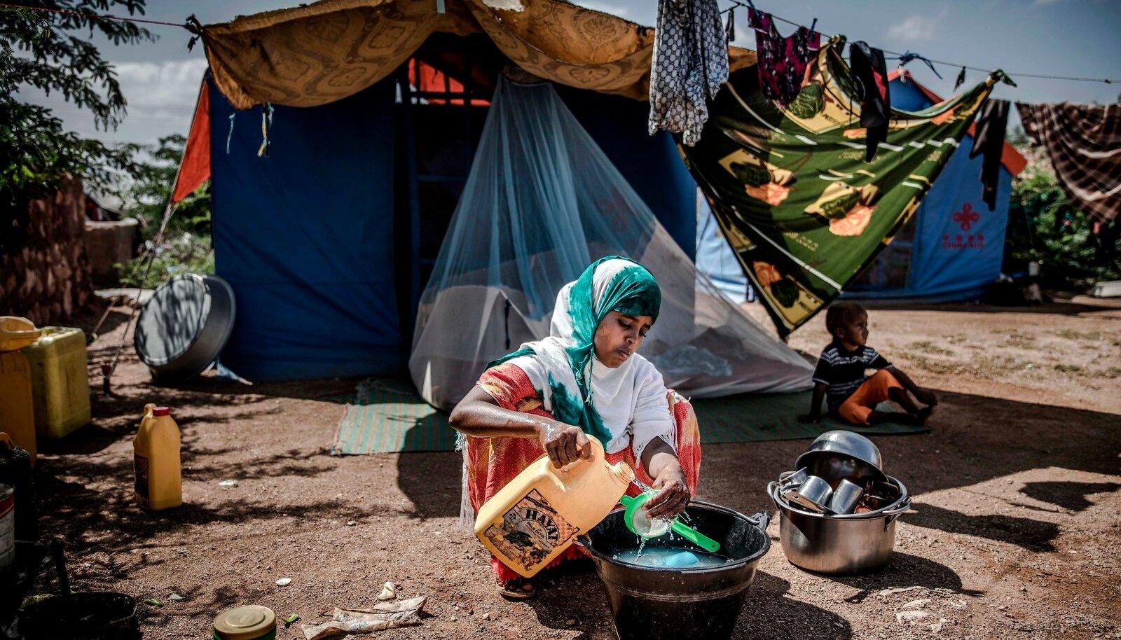 Somaalias on üleujutused ja põuad kliimamuutuse ja inimtegevuse tõttu ettearvamatuks muutunud ja ajavad igal aastal liikvele sadu tuhandeid inimesi.