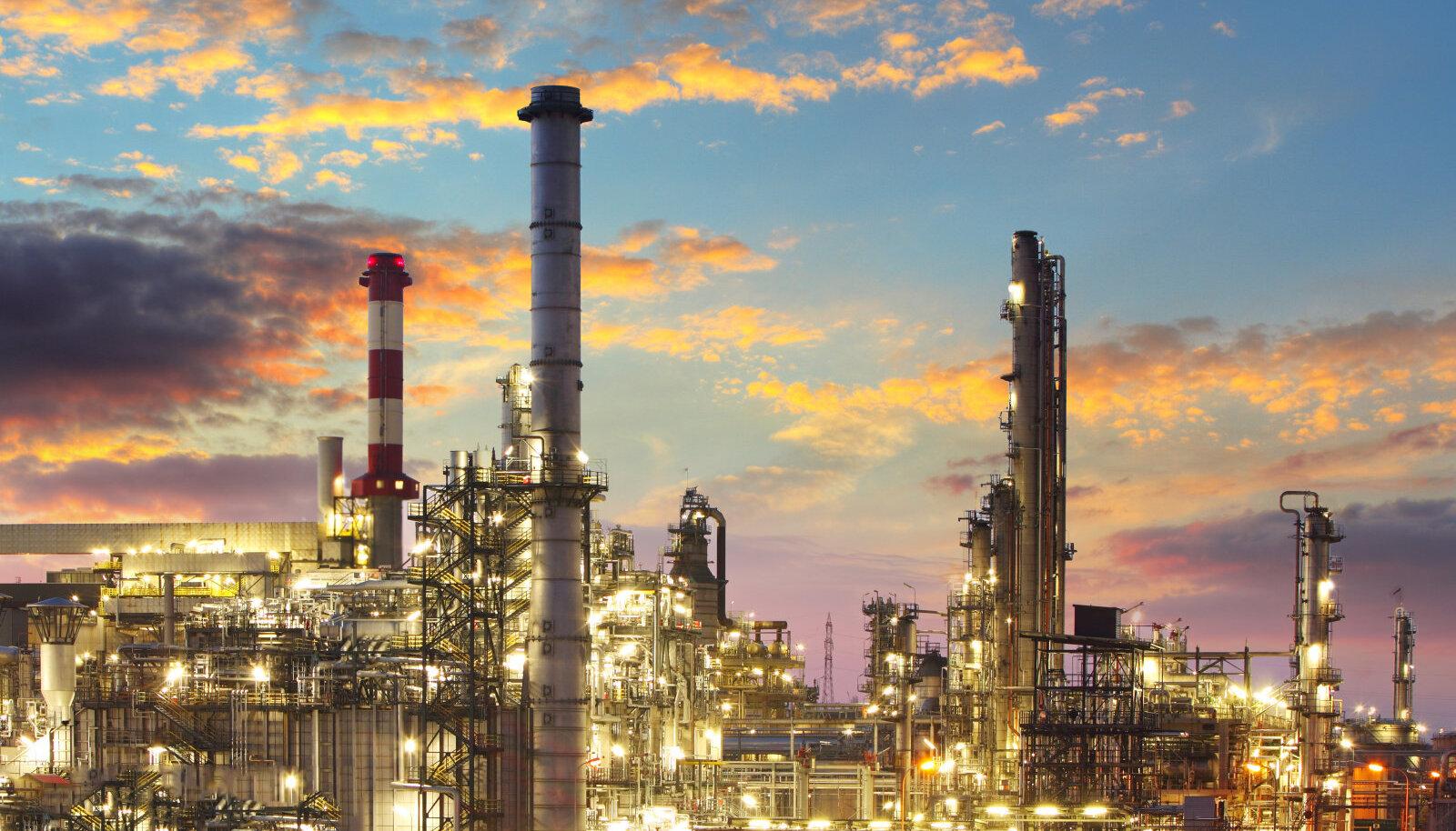 Põlevkivitööstus on Eesti keemiatööstuse lipulaev ning kui see hävitada, siis kahaneb üks kõrgeima lisandväärtusega tööstussektoreid Eestis pea olematuks.