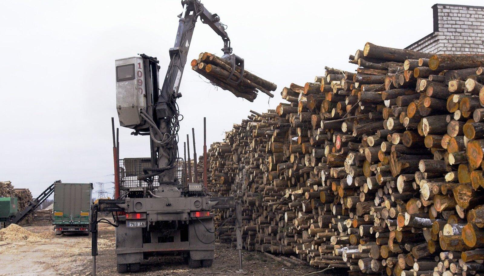 Eelmisel nädalal otsustas riigikogu, et edaspidi toetab maksumaksja puidu põletamist elektrijaamades.