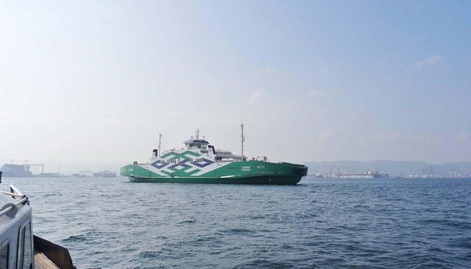 Parvlaev Leiger Türgis merekatsetustel.