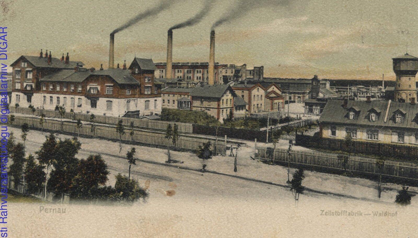 PÄRNU UHKUS: Waldhofi tselluloosi-tehas, mis oli omal alal üks suuremaid terves Euroopas.