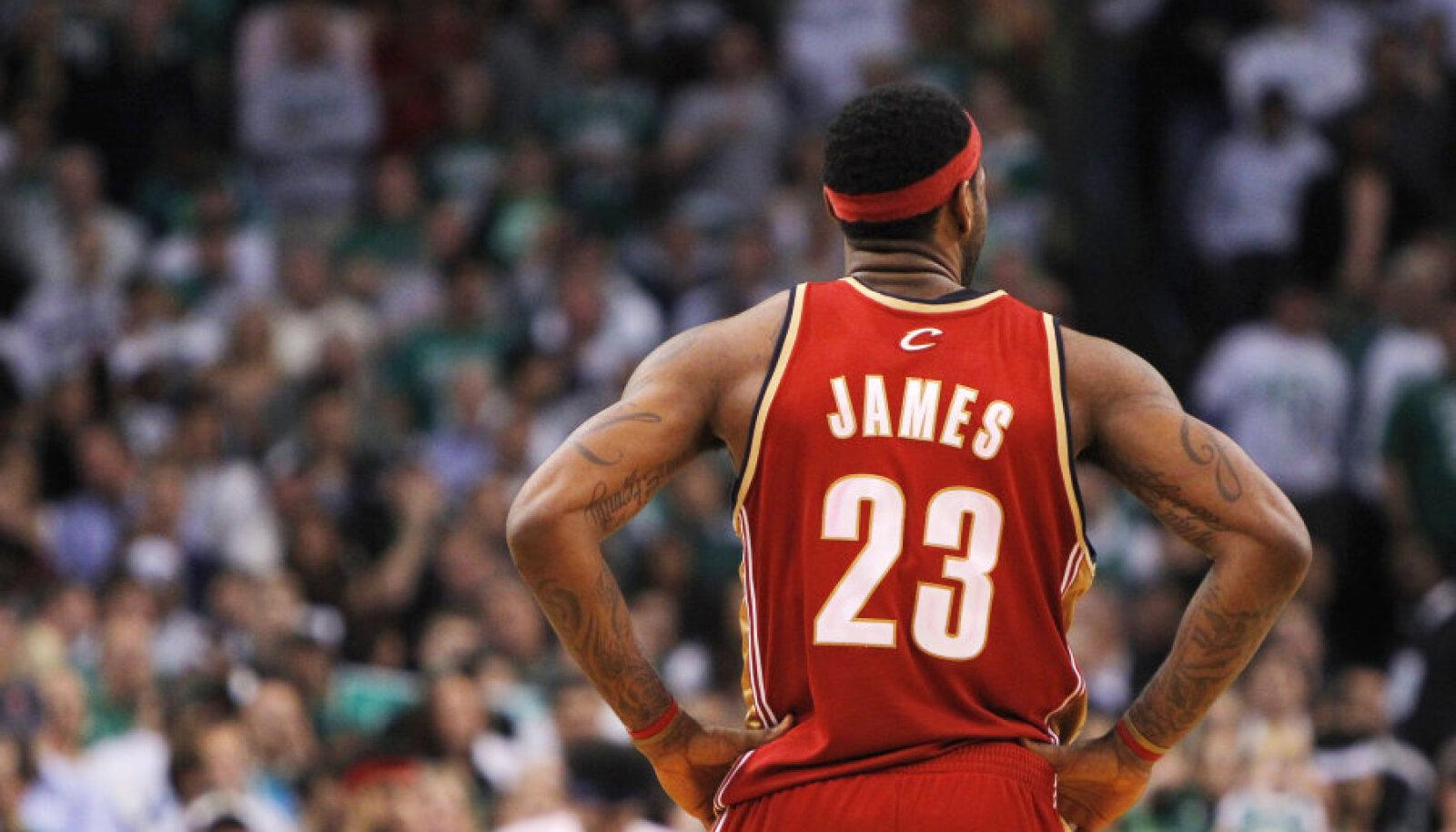 Cavaliers legend James