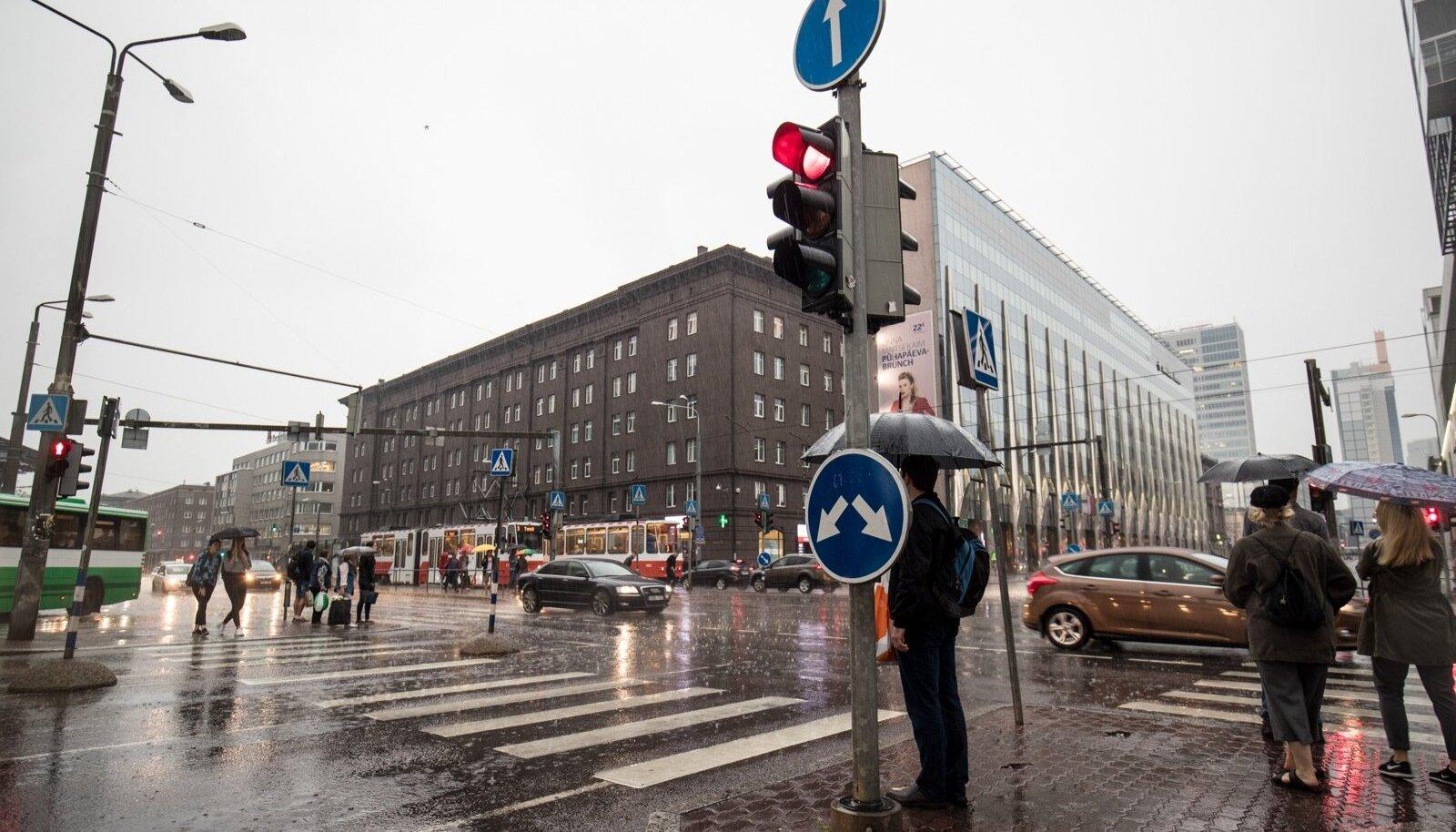 Vihmane ilm Tallinna kesklinnas