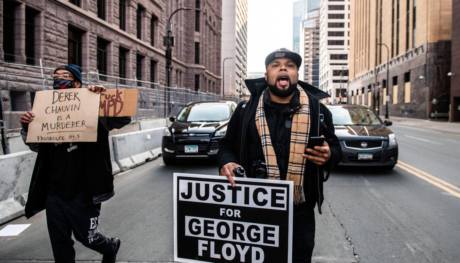 Meeleavaldajad George Floydi tapmise järel õiglust nõudmas