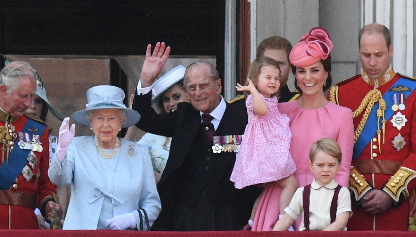 Kuninganna 91. sünnipäeva tähistamine.
