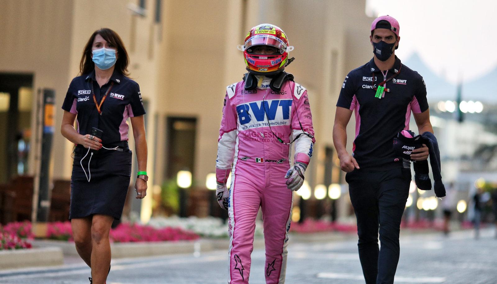Sergio Perez oli sunnitud hooaja viimase sõidu pooleli jätma.