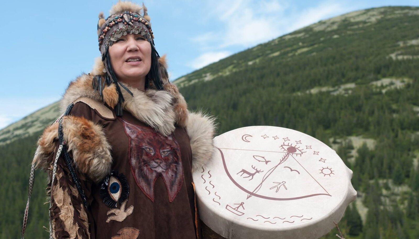 Siberi šamaan Alla Gromova ehk Altai Ilves