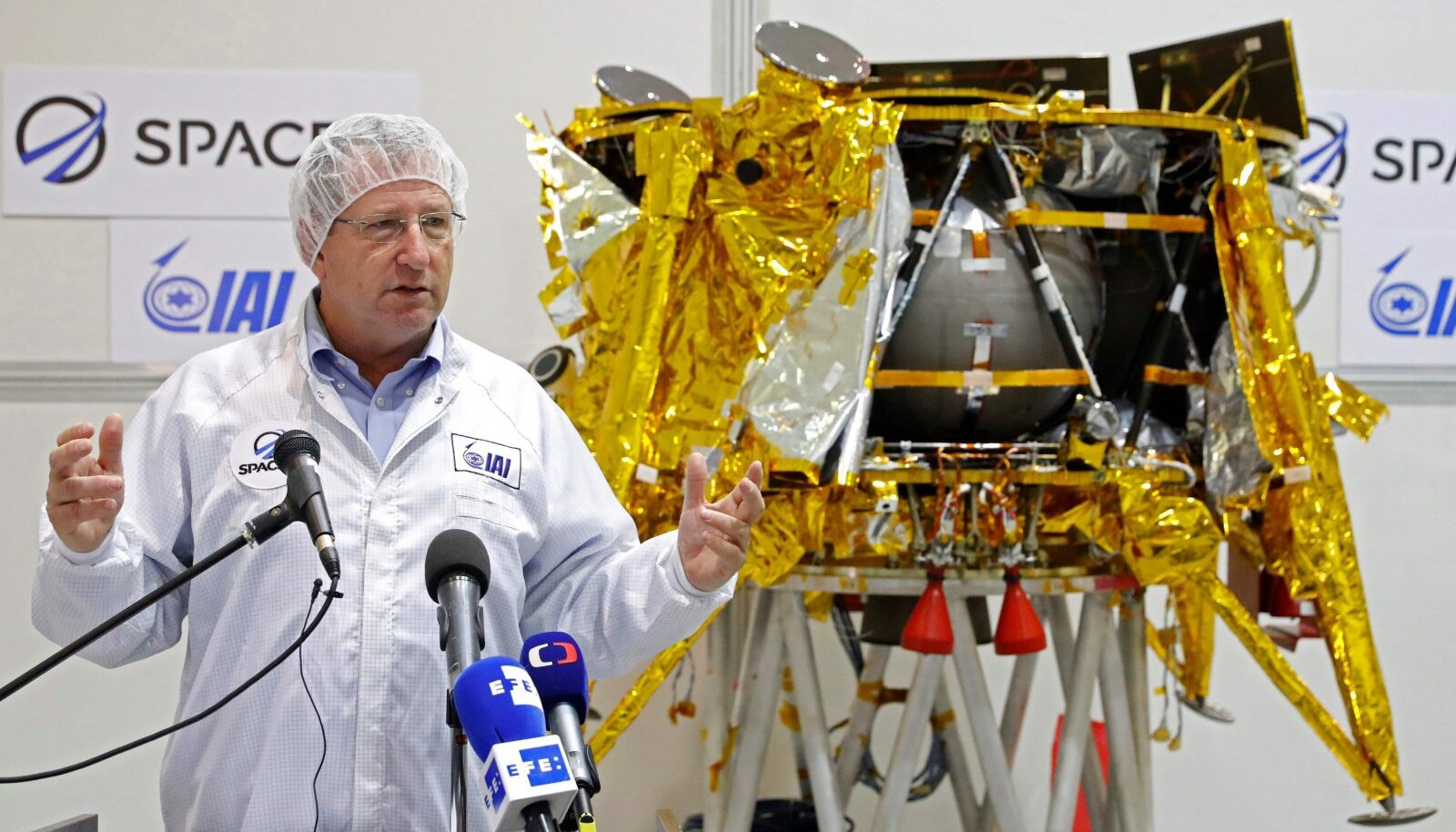 Beresheet kuumaandur ja maanduri valmistanud Israeli Aerospace Industries (IAI) kosmoseosakonna juht Opher Doron