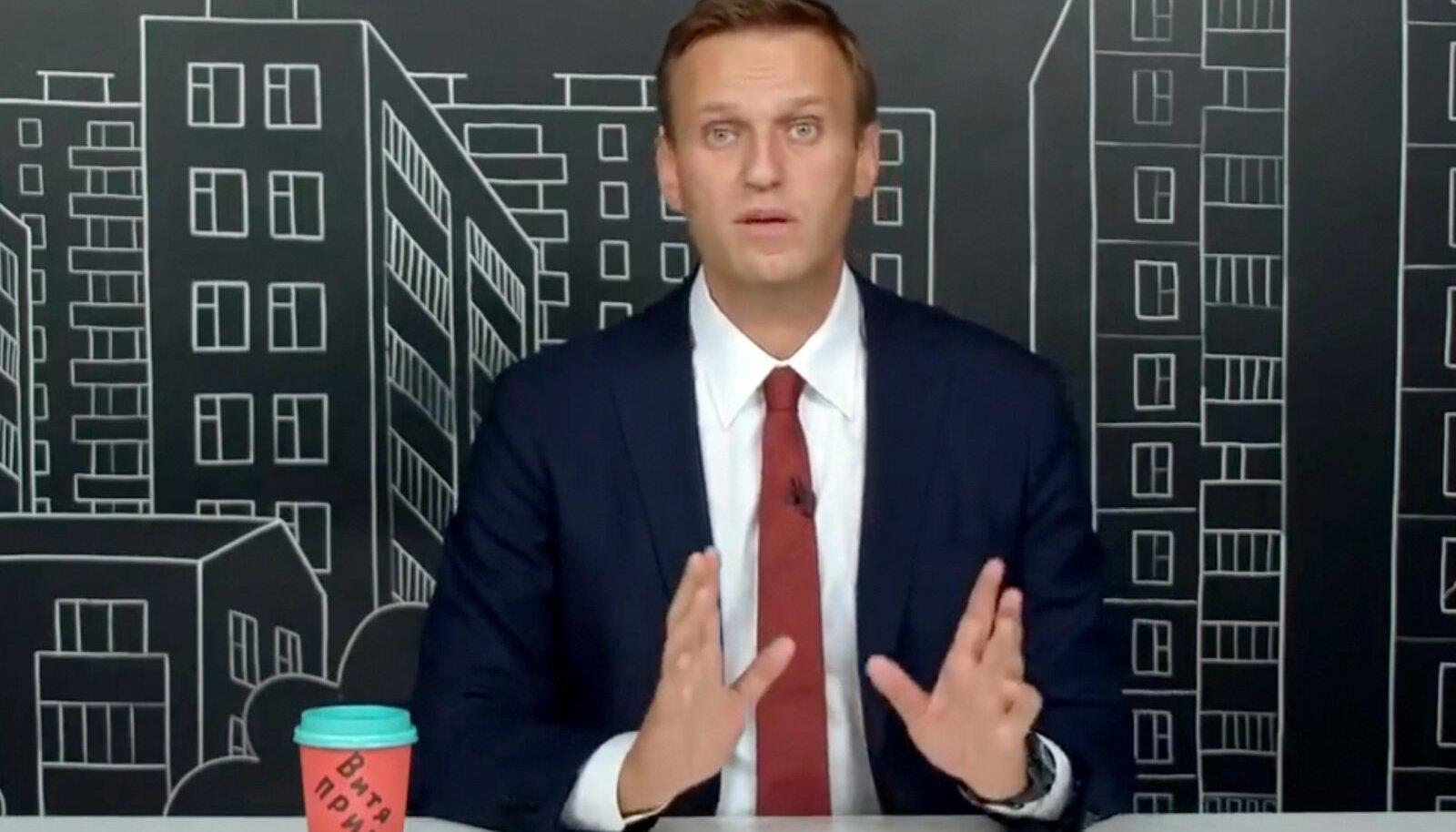 Navalnõi fondi videod on alati kvaliteetselt produtseeritud, vaatajasõbralikud ja satiirist nõretavad.