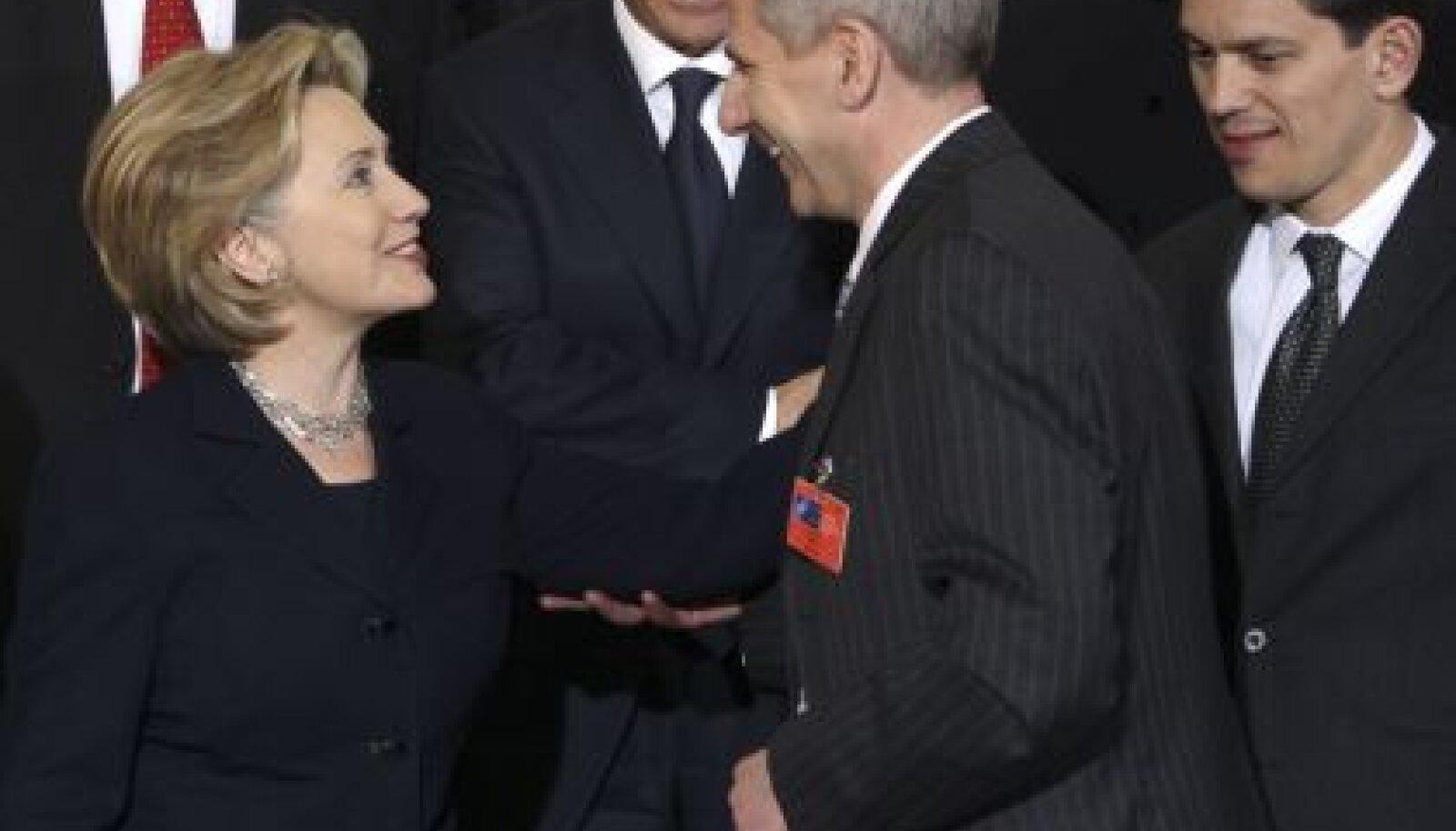 USA riigisekretär ja Leedu välisminister Vygaudas Ušackas ja nende Briti kolleeg David Miliband