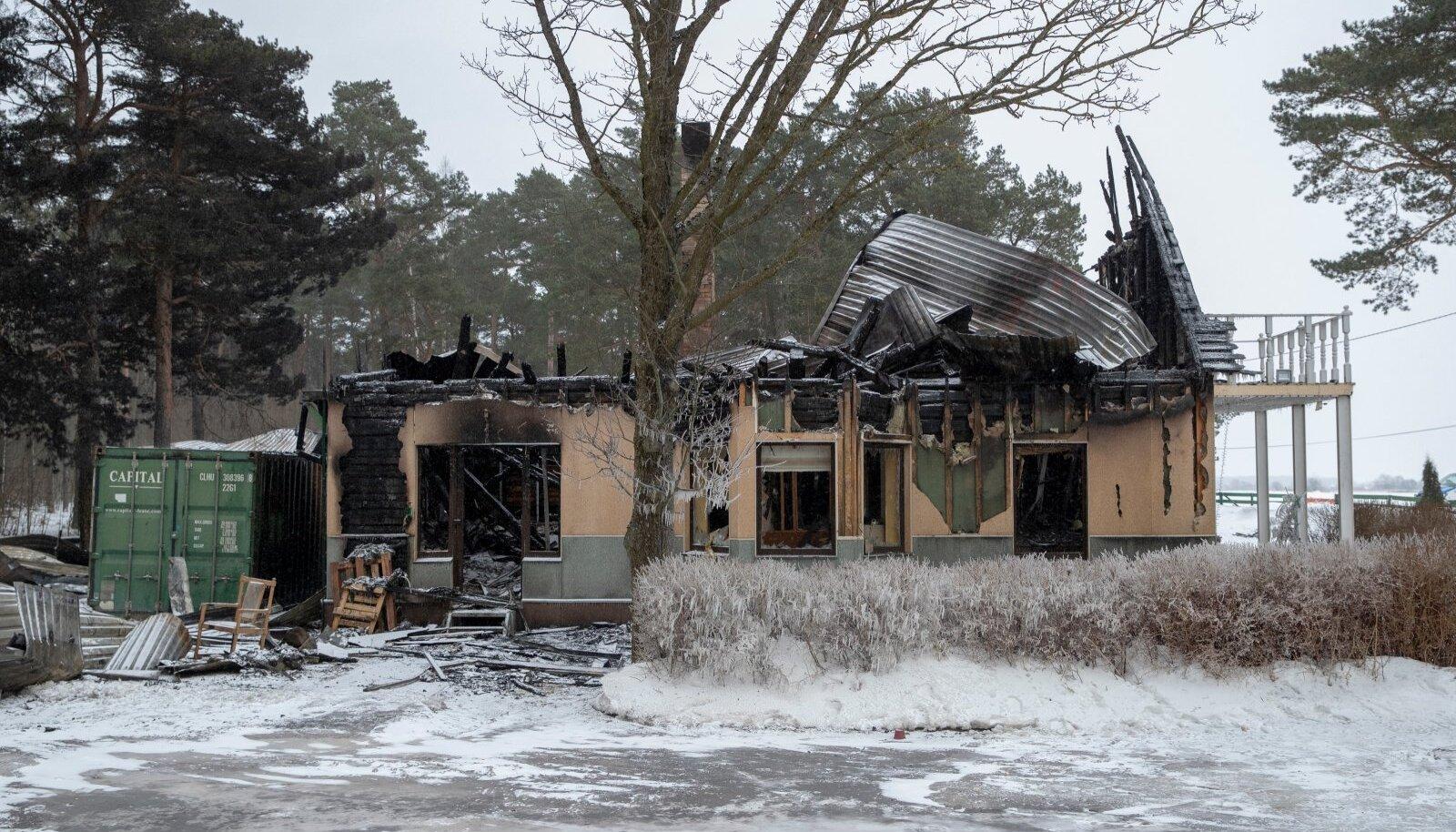Tulekahjus kannatanud pansionaat Männik Lüganusel