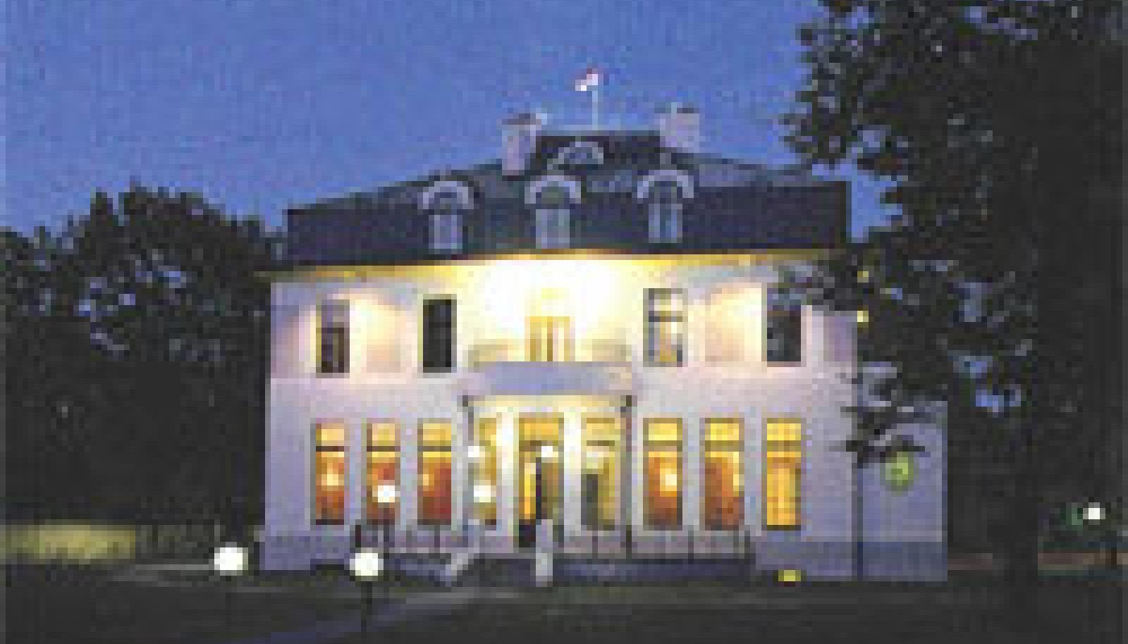 Soomlaste Armas Lindgreni ja Wivi Lönni projekteeritud korporatsioon Sakala maja Tartus (ehitatud 1911).