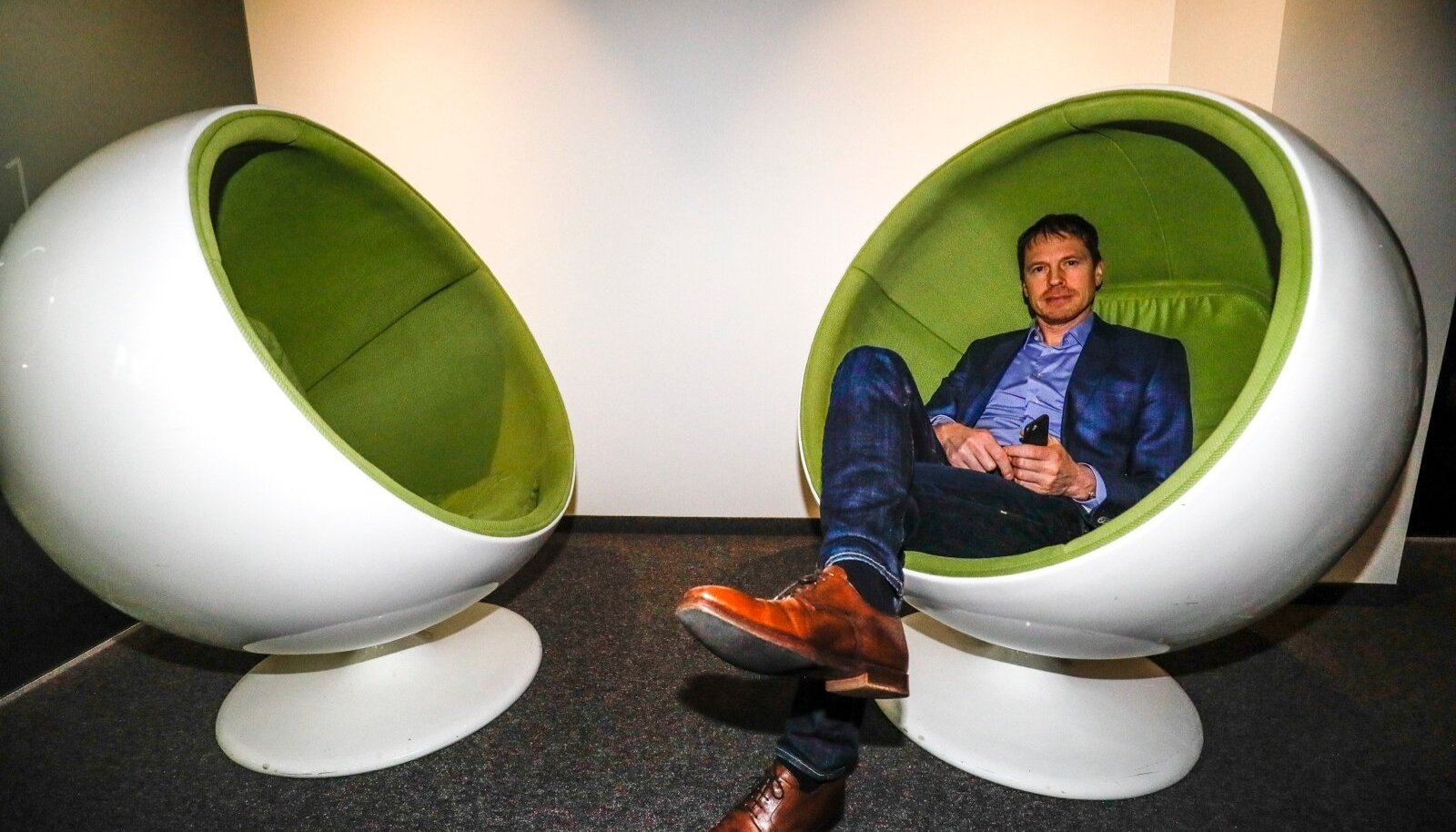 Ümberjagamismajandus muudkui paisub, samal ajal jookseb riik aktiivsetest maksumaksjatest tühjaks, ütleb tarkvarafirma Helmes tegevjuht ja omanik Jaan Pillesaar.